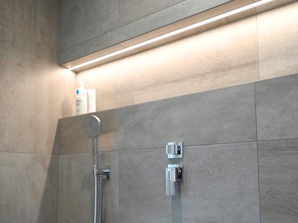 niche de douche murale a LED